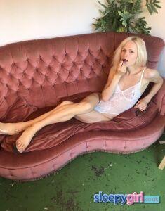 Bisexual Escort Olive 23yr - massage